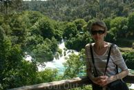vodopadi , no v drugom meste