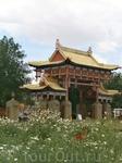 северные ворота Золотой обители Будды Шакьямуни