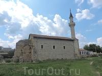 Старый Крым. Мечети Бейбарса и Узбека.