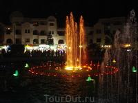 Поющие фонтаны в порту