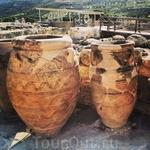 Бочки, подобные той, в которой века назад поселился Диоген