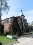 Светлогорск (Раушен), старое немецкое здание и оранжерея.