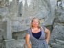 У изображения Триеры (корабля) на скале ведущей в Линдский Акрополь