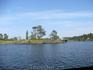 Безымянный островок и хижина на нем