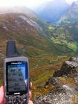 На горе Далснибба (1500м) недалеко от Гейрангер Фьорда, откуда открывается неповторимый вид на фьорд и заснеженные верхушки гор...
