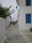 Улицы Сиди бу Саида, отличительная черта города - бело-голубые тона