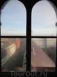 Окна, как глаза Башни, следят за историей города.