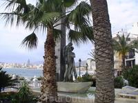 Памятник погибшим в море