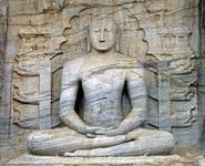 """Сидящий Будда - Каменная святыня  (местное название """"Гал Вихара"""" - 12 Век н.э)"""
