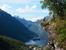 Название обзорной площадки над Гейрангером - Flydalsjuvet - дословно переводится как «полет над каньоном». Название это появилось благодаря утесу, который нависает над фьордом, словно парит в воздухе.