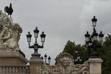 Фонтан - памятник жирондистам.