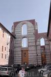 Много позже по завершении строительства Дуомо в некоторые горячие головы пришла идея построить новый грандиозный по масштабу собор, часть которого должен ...
