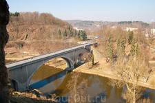 Мост к крепости. г. Локет