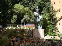 Монтсеррат. Статуя Аббата Оливы