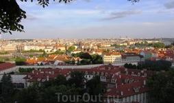 Панорама Праги из Пражского Града