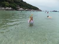 остров Ko-Tao. Экскурсия на этот остров была в основном экскурсией снорклинга. Можно было смотреть под воду и с лодки, и с берега. При этом вокруг было ...