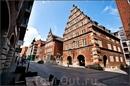 В Германии, впрочем и в Голландии тоже,как правило, одни из самых красивых домов это весовые. Бремен-  город купцов, вот под важную торговую операцию они ...