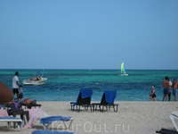 Now Larimar, пляж отеля.