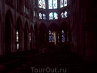 Внутренний интерьер Церкви Сен-Северен