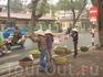 Уличные торговки