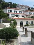 отель прямо на берегу моря