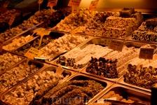 Турецкие сладости на Египестком базаре