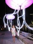 светящаяся медуза