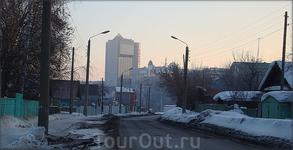улица Коммунальная слобода - вид на дом правительства