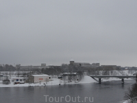 Мост-граница.