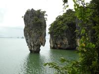 Знаменитый остров Дж.Бонда (по тайски он называется по другому).