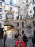 часы над аркой -как в Праге