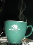 Дождь в Судаке 5. А вымокнув под дождём, хорошо принять чашечку горячего чая. Картинка не для рекламы марки чая, а ради пара, который виднеется над чашкой ...