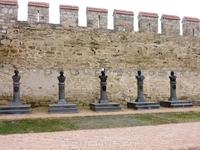 Это Аллея славы русских полководцев в Бендерской крепости