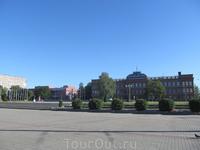 Здание Рыбинского авиационного колледжа было построено в 1903-1905 годах как здание коммерческого училища. Проект арх.А. Парланда.