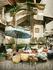 палатка у большого рынка в Денпасаре