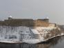 Напротив замка Германа, на другом берегу реки Нарова, находится российская Ивангородская крепость.