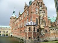 Хиллерёд. Замок Фредериксборг.