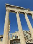 Существуют документы, четко определяющие временной отрезок, во время которого строился Храм Эрехтейона. Его возведение началось практически сразу после смерти великого Перикла в 421 году до нашей эры.