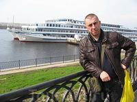 В Углич приплывает масса туристических корабликов