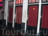 Амстердам. Улица красных фонарей.