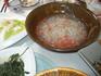 Вегетарианский обед в монастыре. Под конец принесли то ли суп, то ли компот. Рисовая похлебка с арбузом, на вкус - как кисель из брикетов. Оказалось, это ...