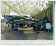 Истребитель Hurricane (Великобритания). Самолёт советского лётчика, сержанта Бориса Александровича Лазарева из 760-го смешанного авиационного полка 259-й ...