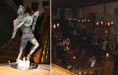 Ресторан Olde Hansa самый известный в Таллинне. О полностью сделан в средневековом стиле.