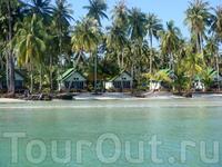 Остров Ко Куд, небольшой комплекс для отдыха: ресторан, он же администрация, 5 маленьких домиков (ещё 5 достраиваются) и красивая природа!