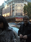 2009 г.  GALERIES  LAFAYETTE.  Шесть  этажей, с рестораном и смотровой площадкой  УНИВЕРМАГ - ПЕРЕД  РОЖДЕСТВОМ !