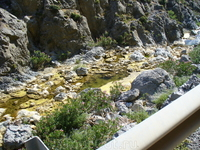 Ущелье Куртальоти, по его дну протекает река Мегапотамус, берущая начало от источников с вершины горы Иды, самой высокой на острове,2456 м