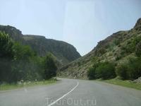 12 августа 2009. трасса Мартуни - Егегнадзор.