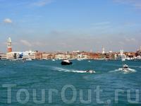 Венеция! скоро будем в историческом центре