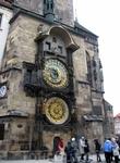 Куранты Orloj на Староместской ратуше. Каждый час они устраивают небольшое представление для собравшихся на площади. От туристов отбоя нет! В конце каждого ...