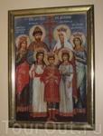 Российскую царскую семью черногорцы прославили еще 80 лет назад. Икона из Цетиньского монастыря